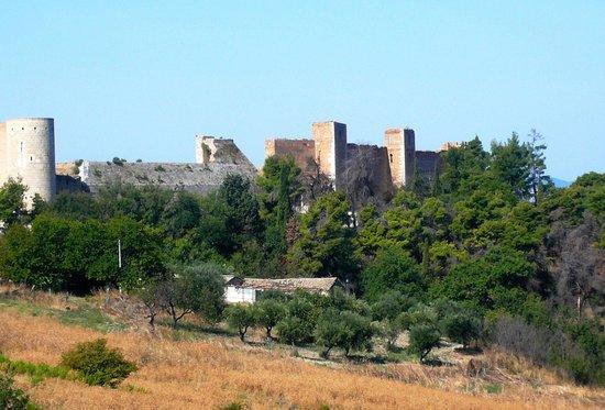 Fortezza Sveva Angioina: La fortezza