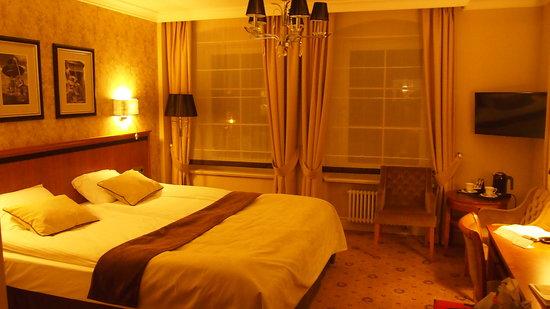 Topacz Castle Hotel & Spa : Bedroom