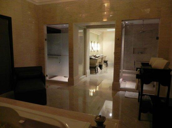 AYANA Resort and Spa: Ocean Front Villa - Bad