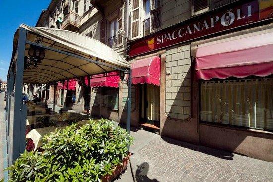 La Spaccanapoli