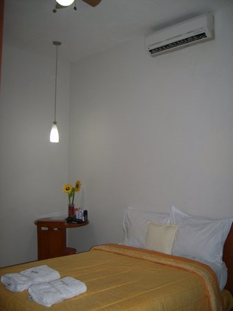 Huayruro Hostel: HABITACION