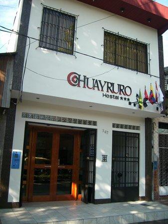 Huayruro Hostal: ENTRADA/ACCESO