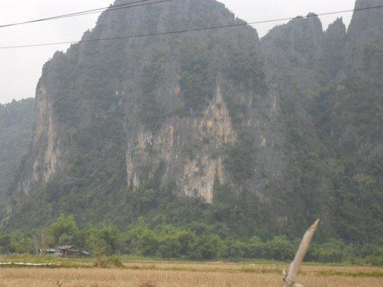 Tham Phu Kham Cave and Blue Lagoon: looks like a temple