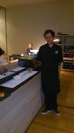 Este Oeste Pizza Sushi Cafe: chef kokken