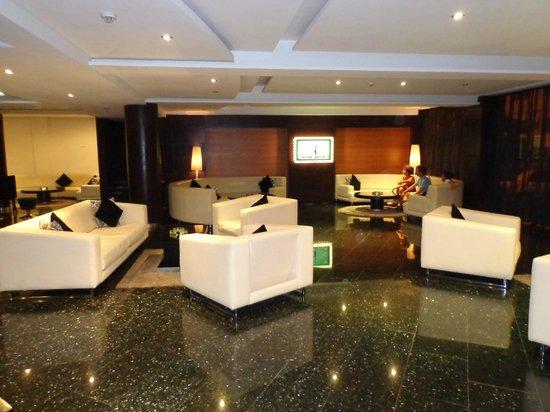 Rive Hotel : hall