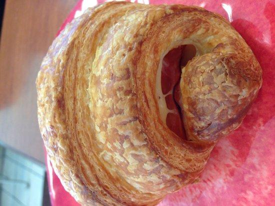Sugar Pine Bakery: Ham & Cheese Croissant