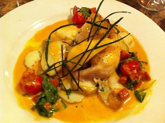 Marples Cafe, Bar and Restaurant: haddock with spinach and chorizo sauce, yum !