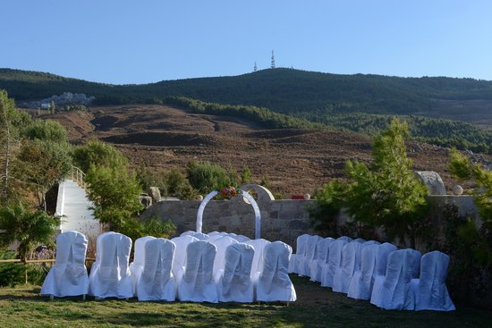 Lofaki Cafe Restaurant Theatre: Wedding set up
