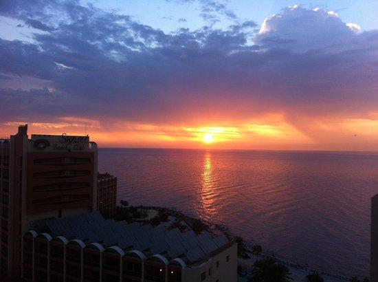 Hotel Best Benalmadena: Sunrise from our room