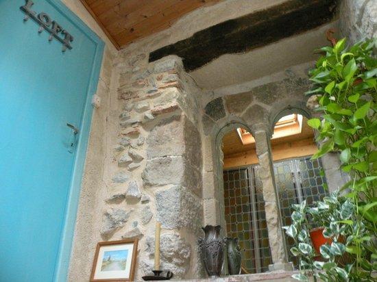 Riverside-Home-Cottage: Entrée du Loft, un ange passe !