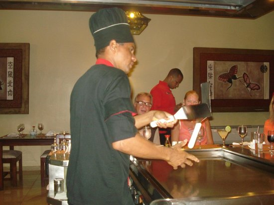 TRS Turquesa Hotel: Show Cooking Japanese Restaurant