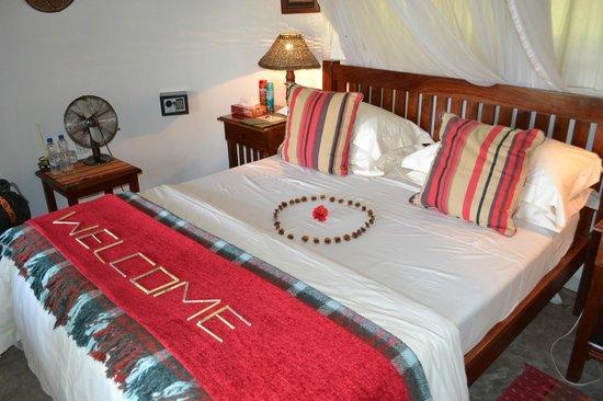 Waterberry Zambezi Lodge: The very comfy bed