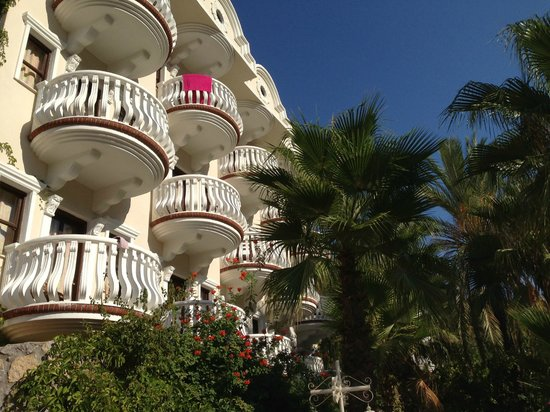 smartline Flamingo: Our balcony with a fabulous view and looking over the big pool