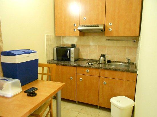 Resort Amarin: Küche/Zimmer
