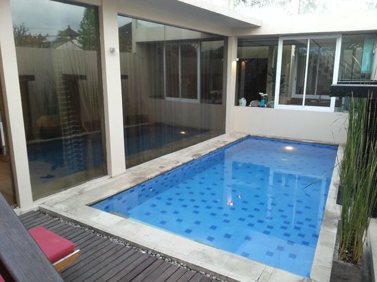 Kamuela Villas Seminyak: Pool