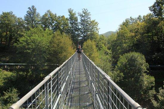 Ponte Sospeso di San Marcello Pistoiese: forza e coraggio