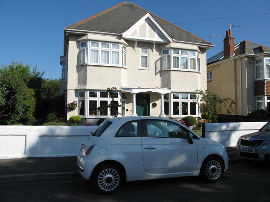Southbourne, UK: Front of Cherry Tree House