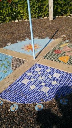 Georgeson Botanical Garden: Mosaic Sun Dial
