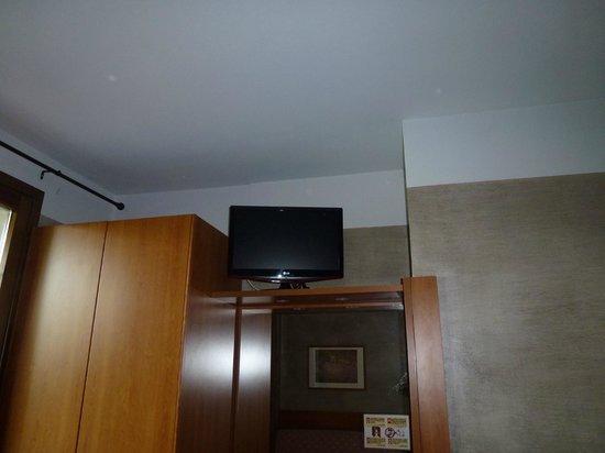Hotel Castello San Antonio: mit LCD-Fernseher