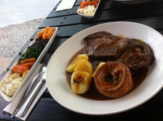 The Red Lion Inn: Roast rib of beef