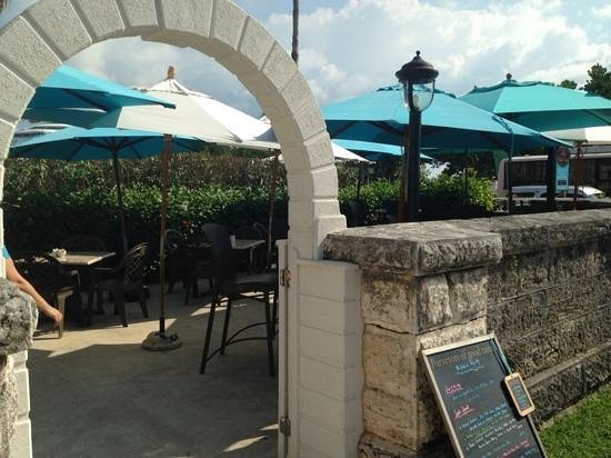 The Dockyard Pastry Shop: Outdoor coverd seating with a great view !