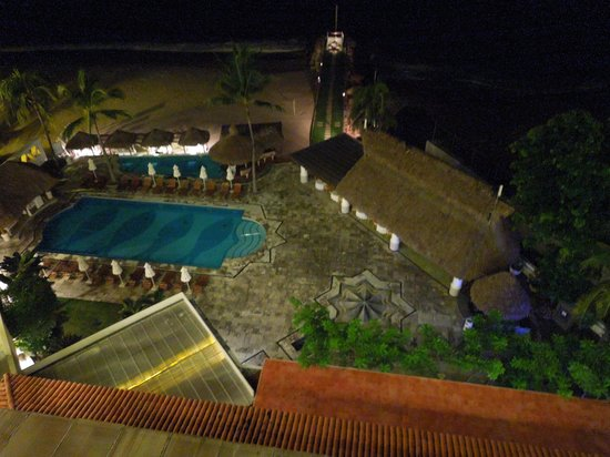 Villa Premiere Boutique Hotel & Romantic Getaway: Looking down from our deck