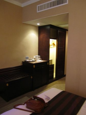 Riviera Hotel : Room
