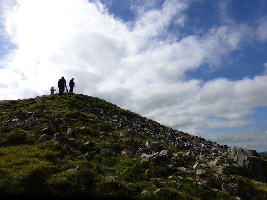 Loughcrew Megalithic Cairns: top of cairn