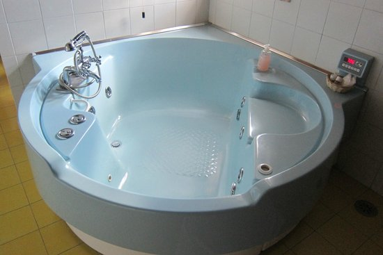 Montefollonico, Italia: Big Blue Tub