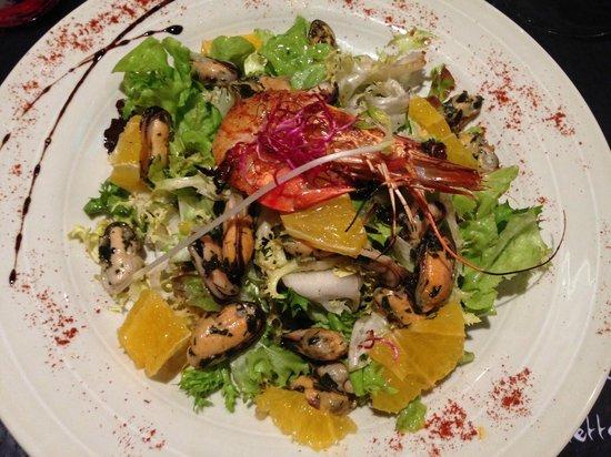 L'Ecole Buissonniere : Salade Fraîcheur aux moules marinées