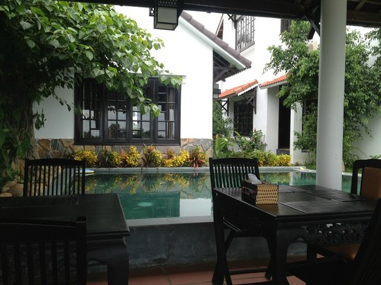Riverside Impression Homestay: Garden/ small swimming pool