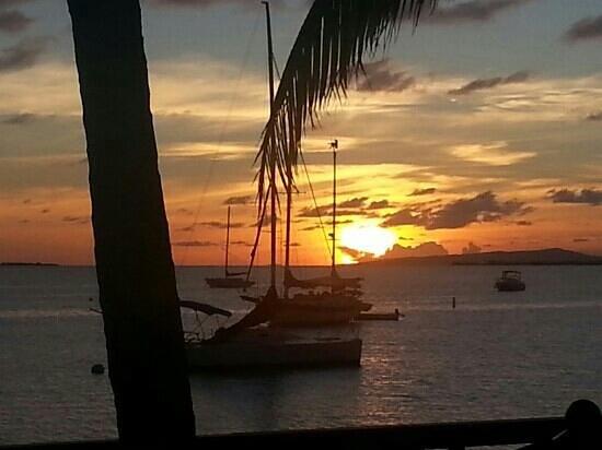 Holiday Inn Ponce & Tropical Casino: Atardecer ponceño