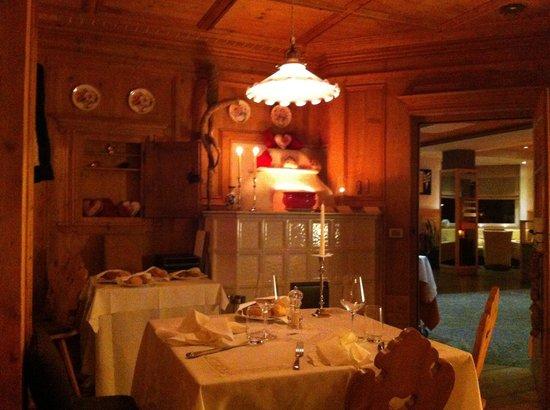 Lac Salin Spa & Mountain Resort: Ristorante tipico Stua da Legn dove gustare ottimi piatti della cucina valtellinese in ambiente