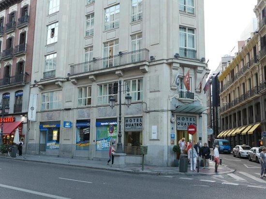 Quatro Puerta del Sol Hotel: Hotel exterior