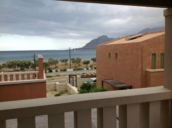 Plakias Resort : View of plakias beach from the hotel