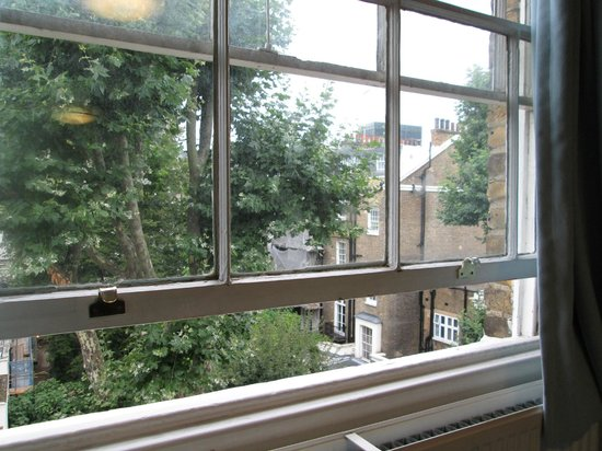 LSE Passfield Hall: Room with a view