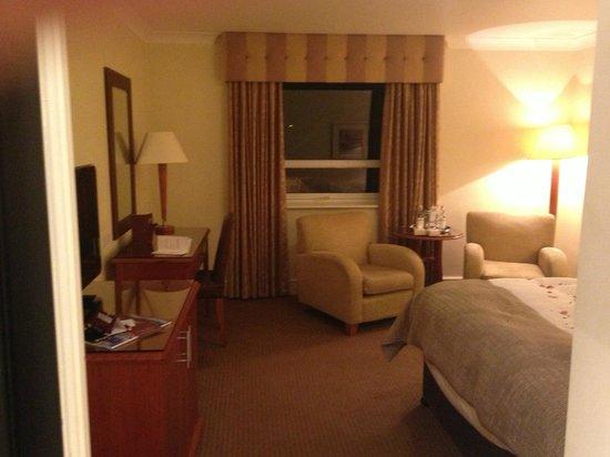 Mercure Manchester Norton Grange Hotel and Spa: Room