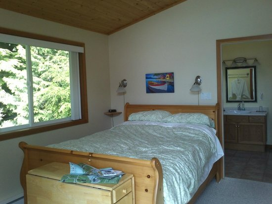 Blue Bear Bed and Breakfast: Bedroom