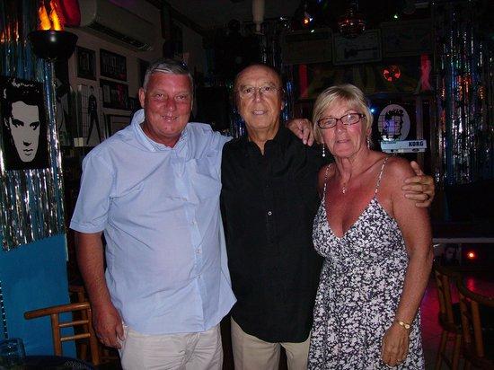 The Elvis Tribute Bar And Diner: Joe Cutajar