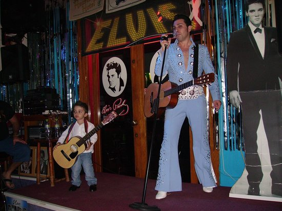 Simon's The Elvis Tribute Bar : Redant and son