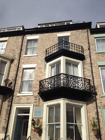 High Tor Guesthouse: Upper floors at High Tor. Well maintained B&B
