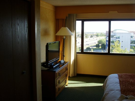 Albuquerque Marriott Pyramid North: Bedroom