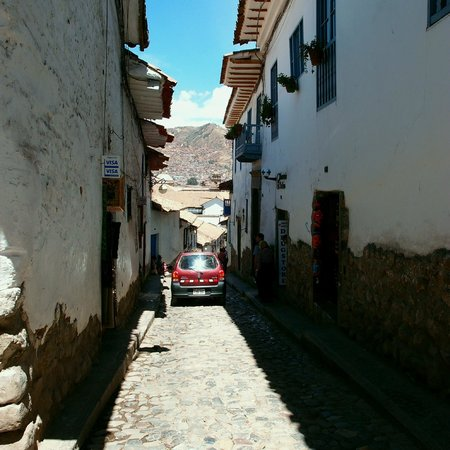 Casa San Blas Boutique : narrow, cobble stone street (San Blas)