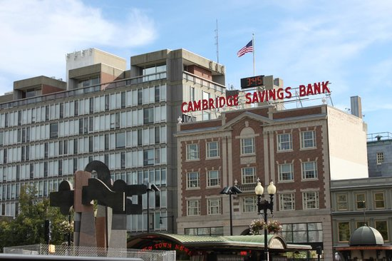 Charles Hotel : Harvard Square