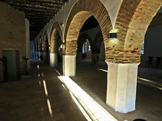 Los Pozos de la Nieve: Arches in the entrance