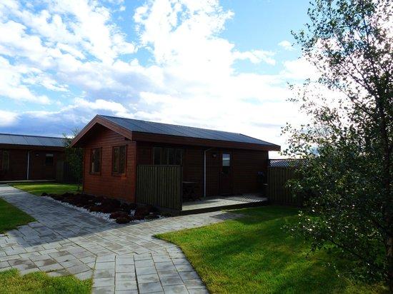 Minniborgir Cottages: Vista de la casa en la cuál nos alojamos
