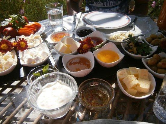 Karlik Evi Hotel : le petit dejeuner