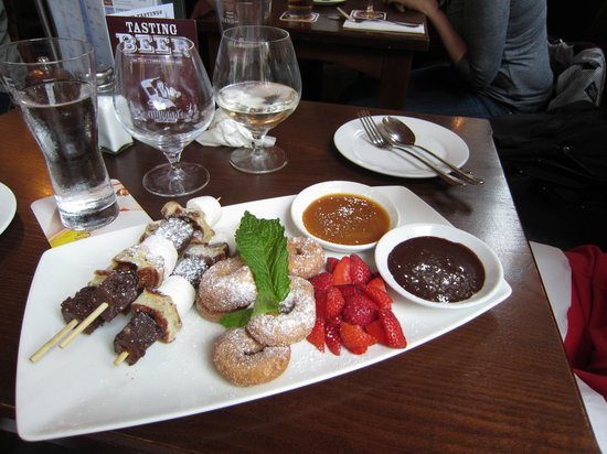 Lowlander : Dessert we shared - enough for 3 or 4
