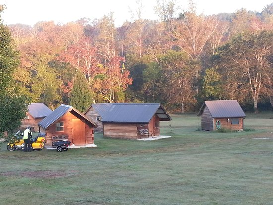 Cherohala Mountain Trails Campground: Cabins