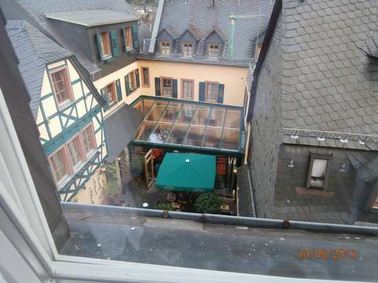 Historisches Weinhotel Zum Grünen Kranz: Blick aus dem Fenster